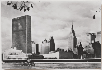 1960 photograph of UN building